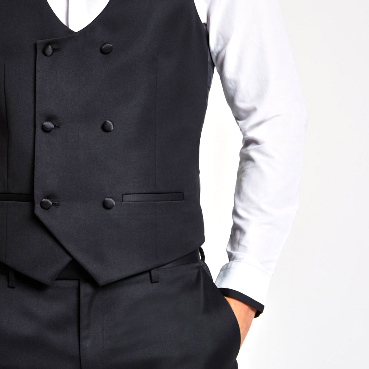 Men's Suit Vest Guide: How to Properly Wear a Waistcoat ...