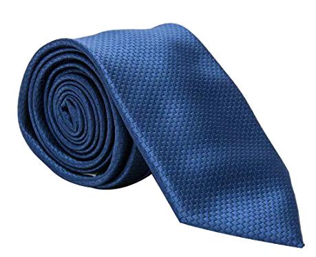 Solid navy blue tie by Pierre Cardin