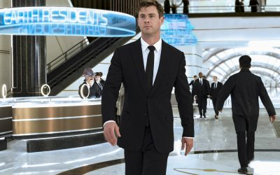 Black Suit Color Combinations With Shirt and Tie