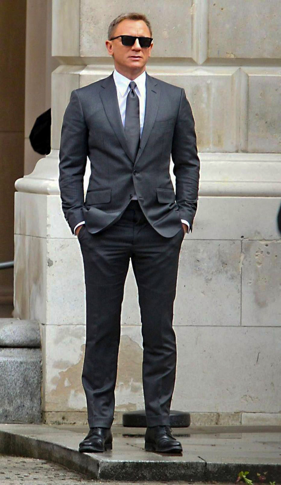 Dark grey (charcoal) suit, white shirt, grey tie and black shoes color combination