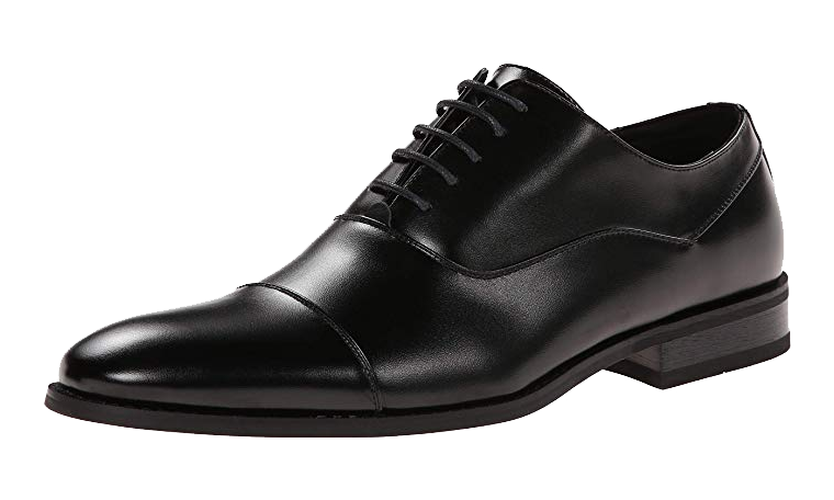 Black cap-toe Oxford shoes by Kenneth Cole