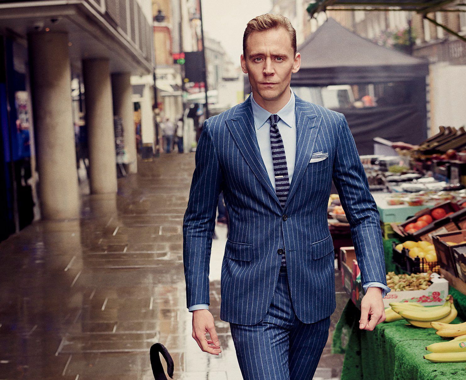 Tom Hiddleston in a Canali suit