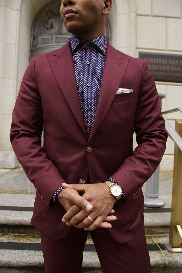Burgundy suit and navy blue patterned shirt color combination