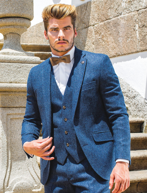 how to wear blue tweed suit