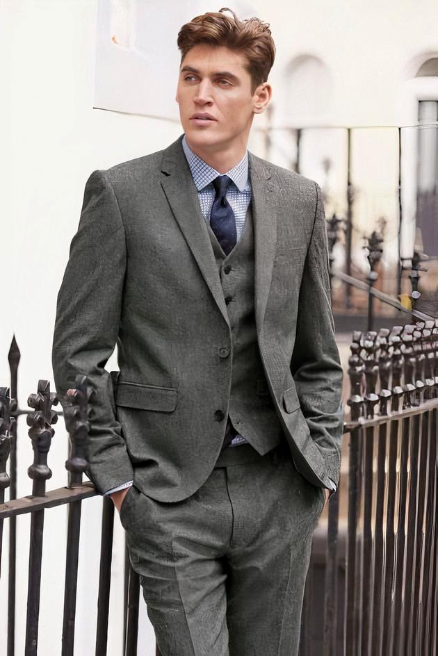 how to wear grey tweed suit