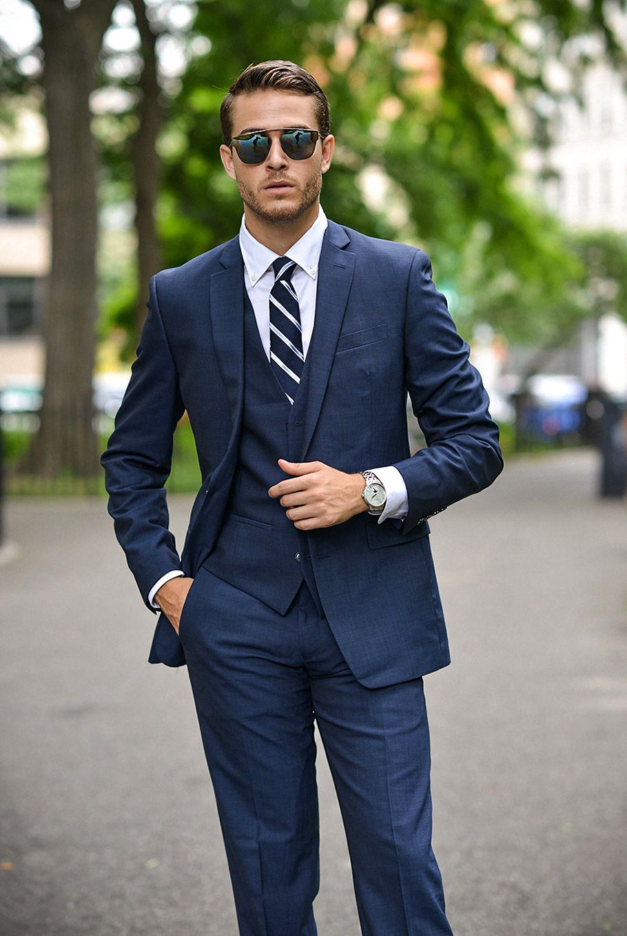 navy suit and white shirt color combinations