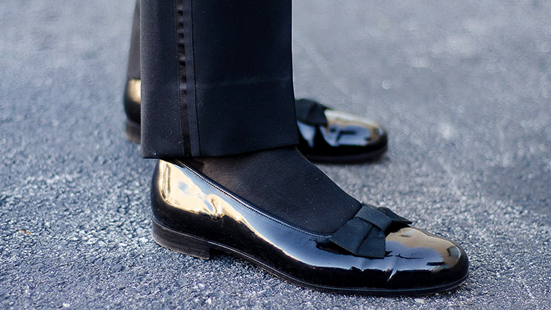 wearing opera pumps is specific to black-tie events